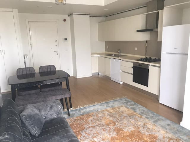 Best Apartment with great view and access