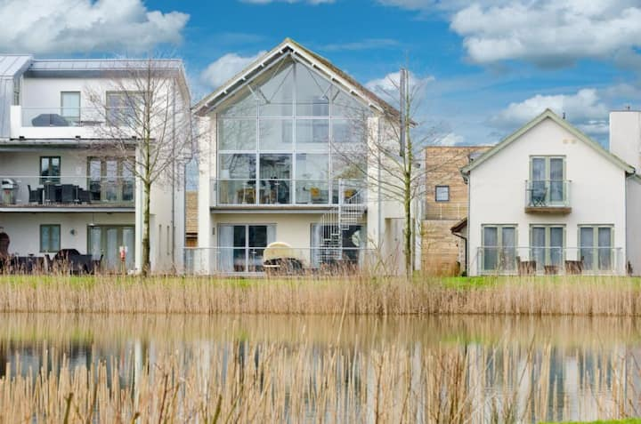 91 Howells Mere, Private Hot Tub, Luxury Spa, Nature Reserve, Lower Mill Estate