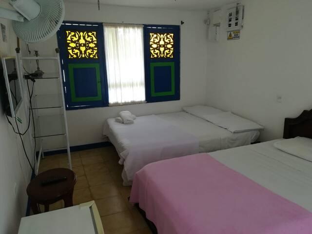 Habitacion Armenia Triple