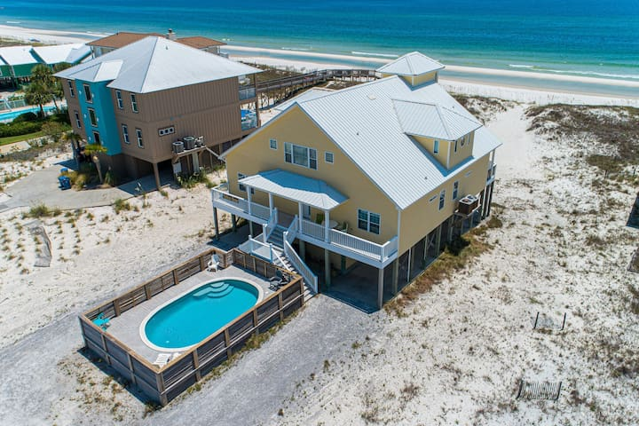 Gulf front house w/ private pool, beautiful views, & free WiFi!