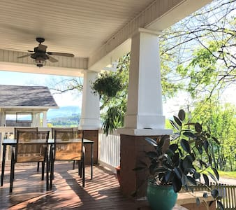 NorthShore with a View - 查特怒加(Chattanooga) - 独立屋