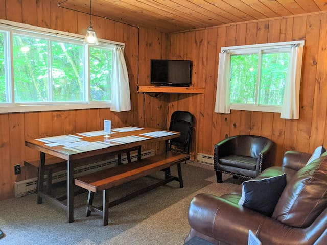 POV Resort Cabins - Social Distancing at its Best, Beaver's Den - Unit 5
