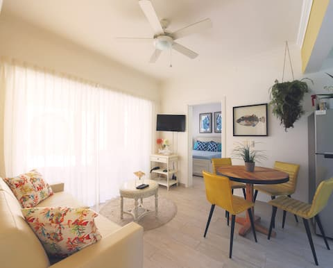 Deluxe Apartment in Coral Village