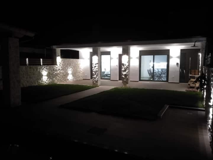 Athina Luxury House