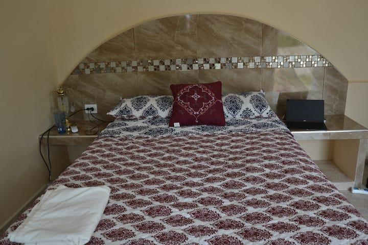 Habitacion  confortable con desayuno incluido