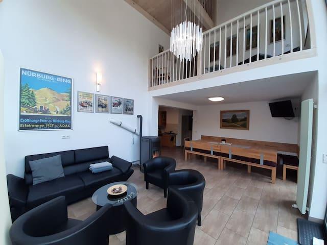 Ferienhaus Eifel-Atrium, Neubau für <18 Gäste