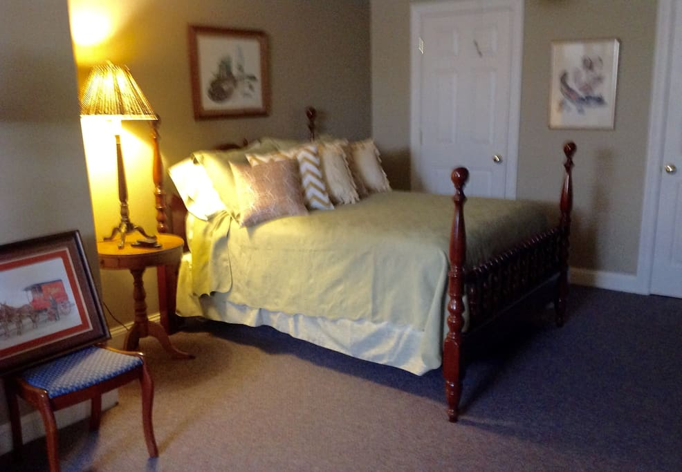 Bedtroom #1 - Has a comfortable bed, Large sitting area & closet.