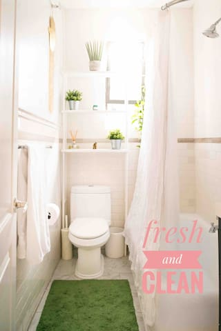 Full bathroom maintained fresh and clean daily.