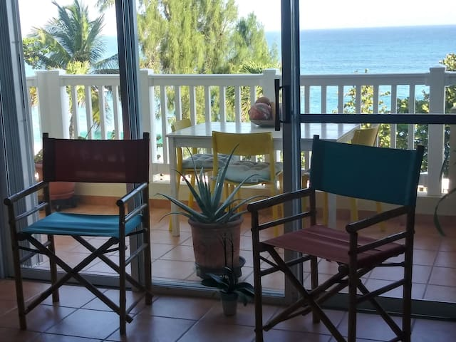 WATERFRONT PRIVATE ROOM - SURF ISABELA