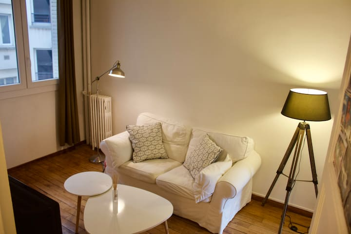 Very Cosy Flat at 450 meters from the metro.