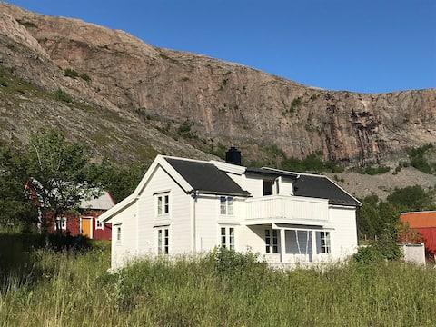 Harbak, et koselig og vakkert hytte-paradis