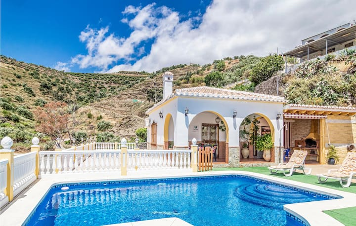 Nice home in Torrox with WiFi and 3 Bedrooms