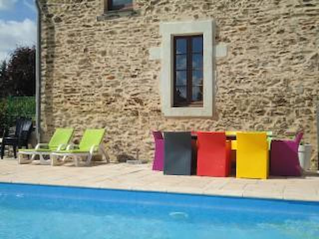 Heated pool until November, escape and relax!
