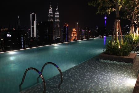 ExpressionZ Suite Majestic Wide View KLCC & Lake