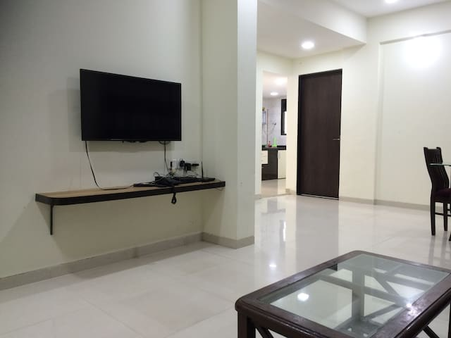 Airy and Spacious 2BHK Terrace Flat in Kondwa