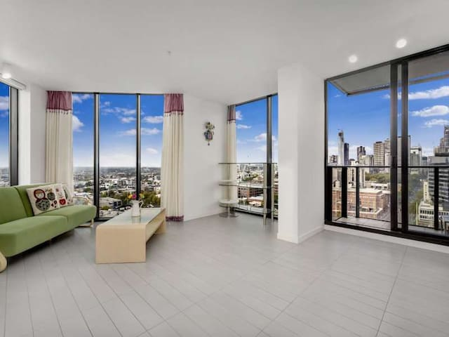 2 bedrooms sunny apart great views - Docklands - Apartment