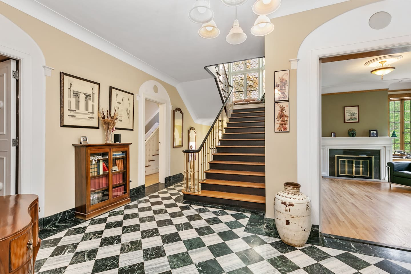 Master Staircase