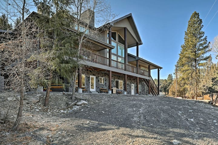 NEW-3BR Mammoth Creek Apt Btwn Bryce Canyon & Zion