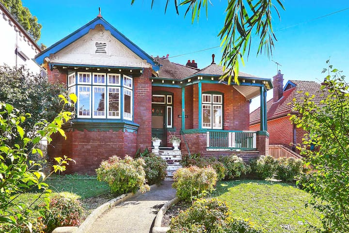 Classic Federation Family Home - Haberfield - Haus