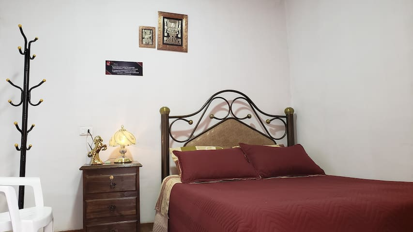 Rest House (Tandem1)