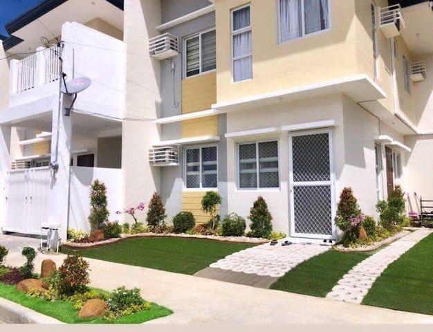 Zee Residences - a paradise garden place