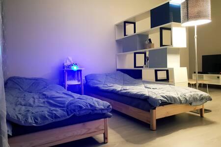 2호점#KTX#아산역#빔프로젝터 설치#싱글 침대 2개