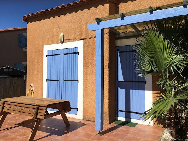Villa avec terrasse et jardinet à 300m de la plage