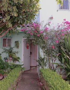 Bella Casa (2 pisos) al Pie de la Montaña #