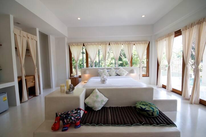 Private Pool Villa in Chiang Mai!