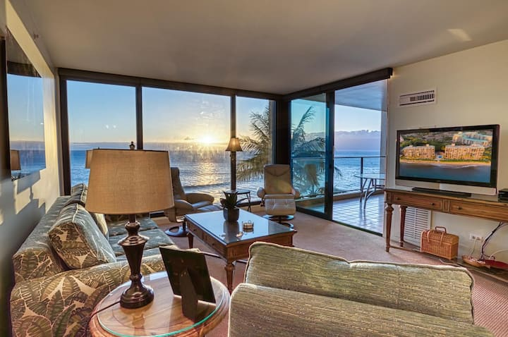 The Mahana Suite 717 - On The Beach & Oceanfront