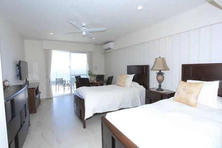 Wisteria Condominium Resort Twin Room - Brown