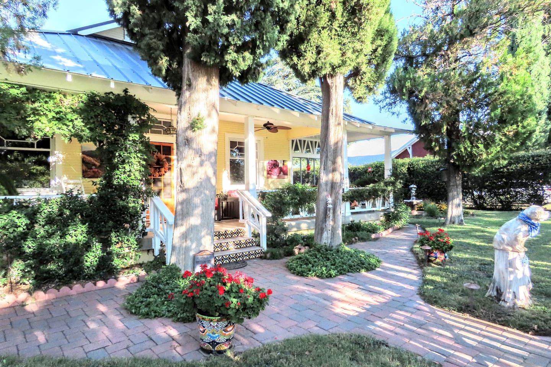 Helen's Cottage