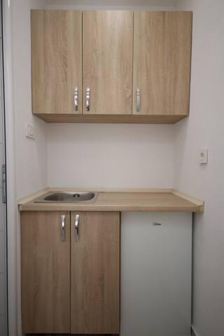 Studio Apartment (9)