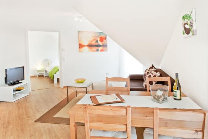 Haus am Bach Vogtsburg, (Vogtsburg), Ferienwohnung B4, Balkon, 57qm, 2 Schlafzimmer, max. 5 Personen