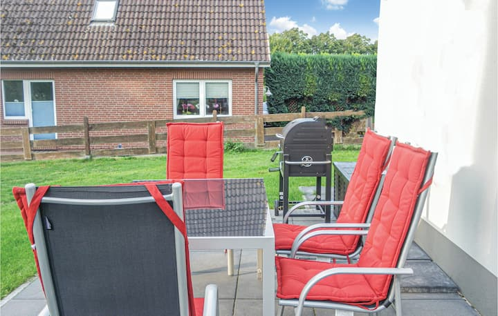 Terraced house with 2 bedrooms on 65m² in Wurster Nordseeküste