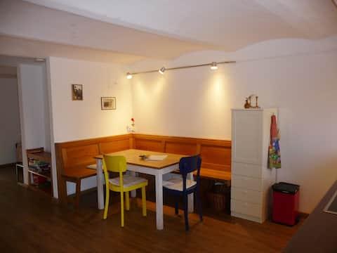 Cozy apartement - hosts 2 to 4 guests
