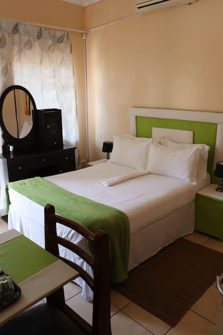 Room 5 - Standard