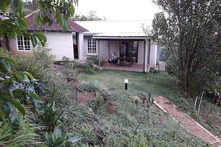 Narina  Cottage