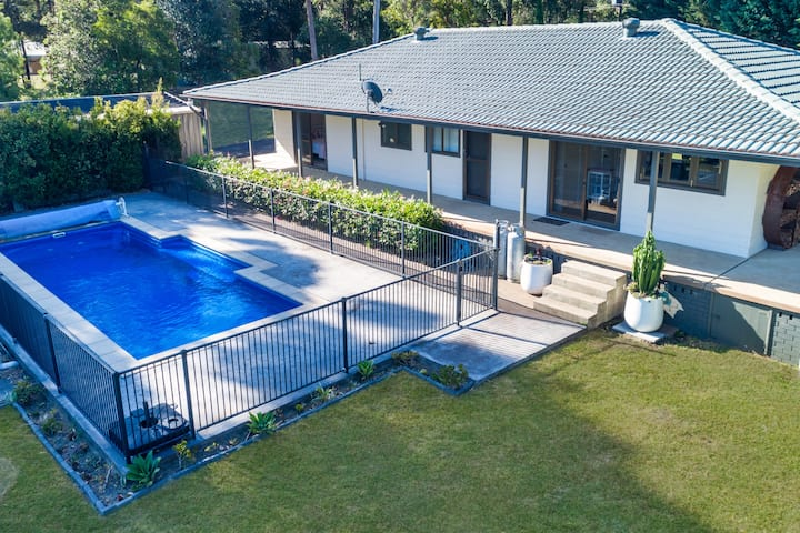 Rural family holiday idyll with a pool moments from Jervis Bay