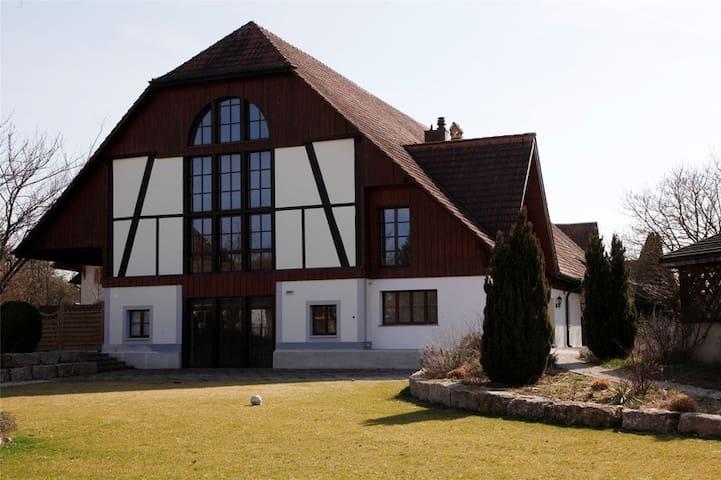 das unkomplizierte Gästehaus - Horriwil - Pousada