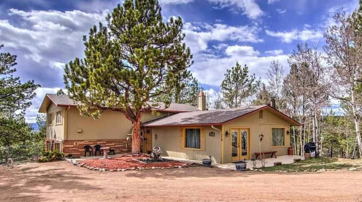 Private Mountain Home with all the amenities