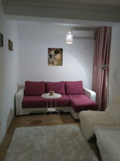 Room with extensible sofa ( double bed)