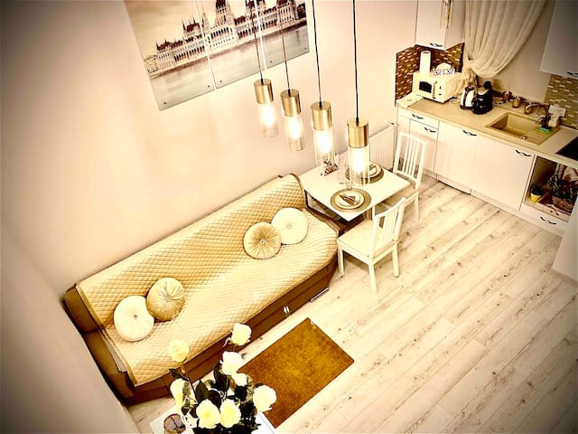 Golden apartment with all you need in city centre!