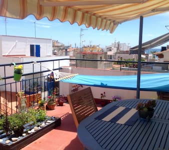 Nice duplex with see views - Sitges - Appartement