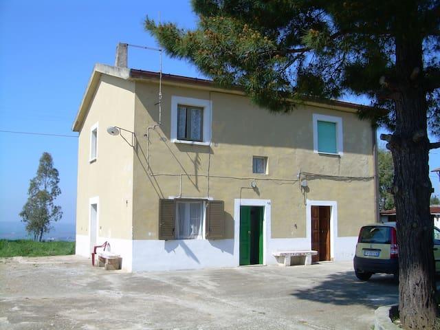 Casa MERCURI mare 5 min auto v DEL MARE 14 CHIEUTI - Marina di Chieuti - House