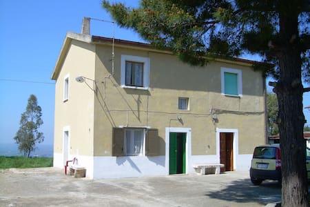 Casa MERCURI mare 5 min auto v DEL MARE 14 CHIEUTI - Marina di Chieuti
