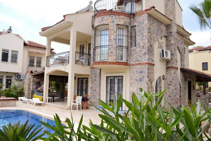 calisvillarachael - Fethiye - Casa
