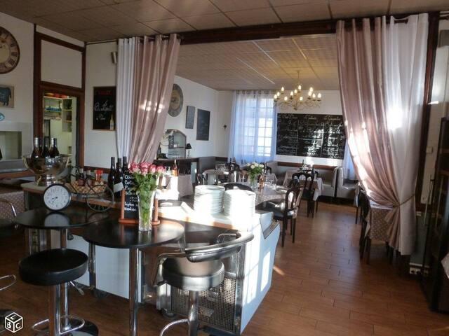 hôtel chaleureux avec cuisine Franco-marocaine