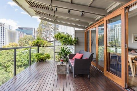 Beautiful, Unique City Retreat in Cultural Hub of Brisbane