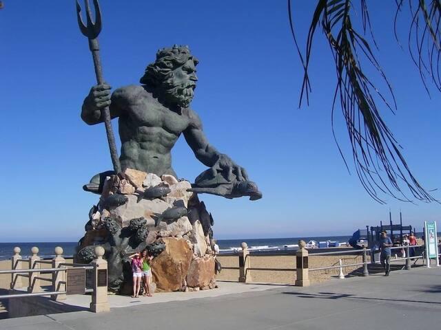 Special! 1 Week Luxury Beach Vacation, June 19-26